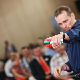 Speaker Elite este primul program de training 100% romanesc care ajunge in Europa!