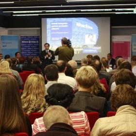 Peste 150 de antreprenori și angajați cheie din companii au participat în data de 13 octombrie 2015, la cel mai important eveniment de afaceri al anului din Tîrgu Mureș: ,,IMM Restart – Descoperă-ți potențialul''