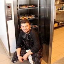 Veniţi să îl cunoaşteţi pe Chef Vasi!